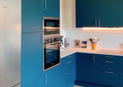 Réalisation d'une cuisine bleue à Marseille